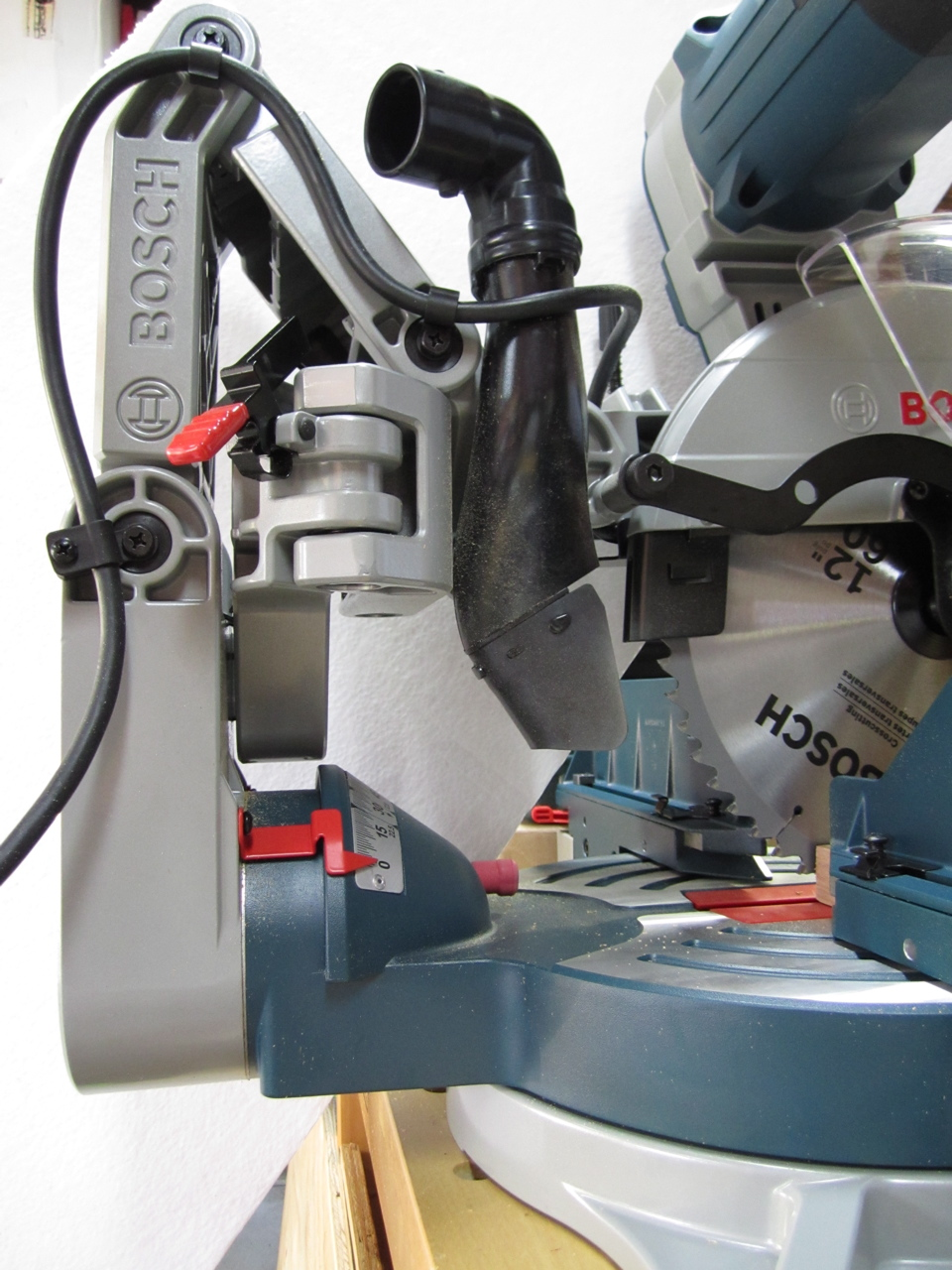 Bosch 12 Inch Axial Glide Miter Saw Review