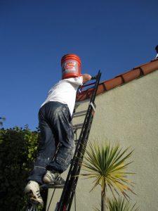 ladder-stucco-climb