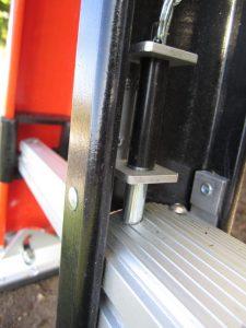 sumo-outrigger-locking-pin
