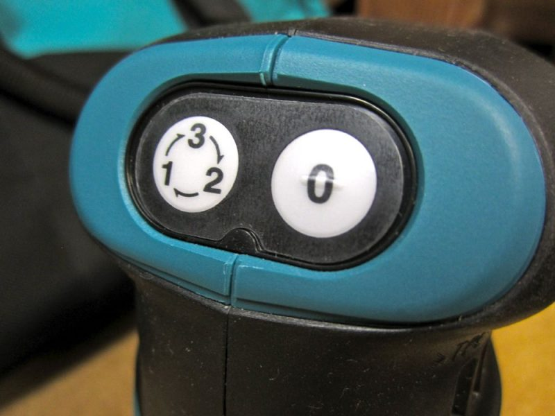 makita-18v-sander-buttons