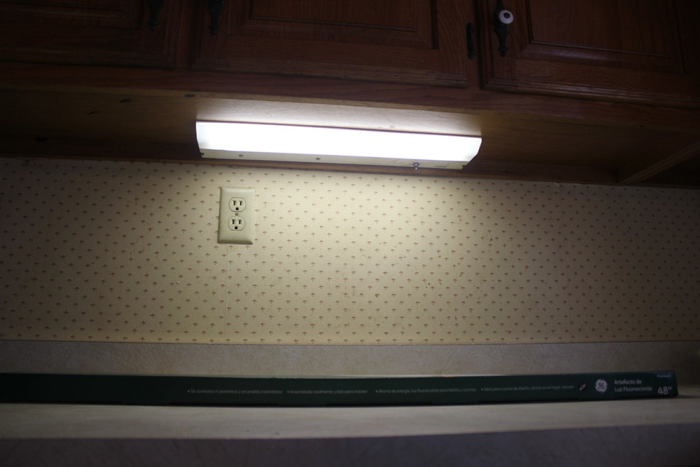 installing under cabinet lighting u2013 a flash of brilliance for your kitchen