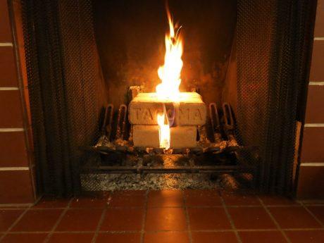 tacoma-firelog-burning