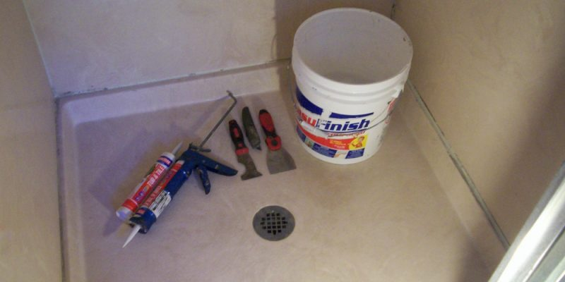 How To Caulk A Shower Surround Caulking Tips And Tricks - Best caulk for bathtub surround