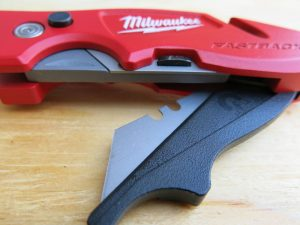 milwaukee-fastback-ii-blade-holder