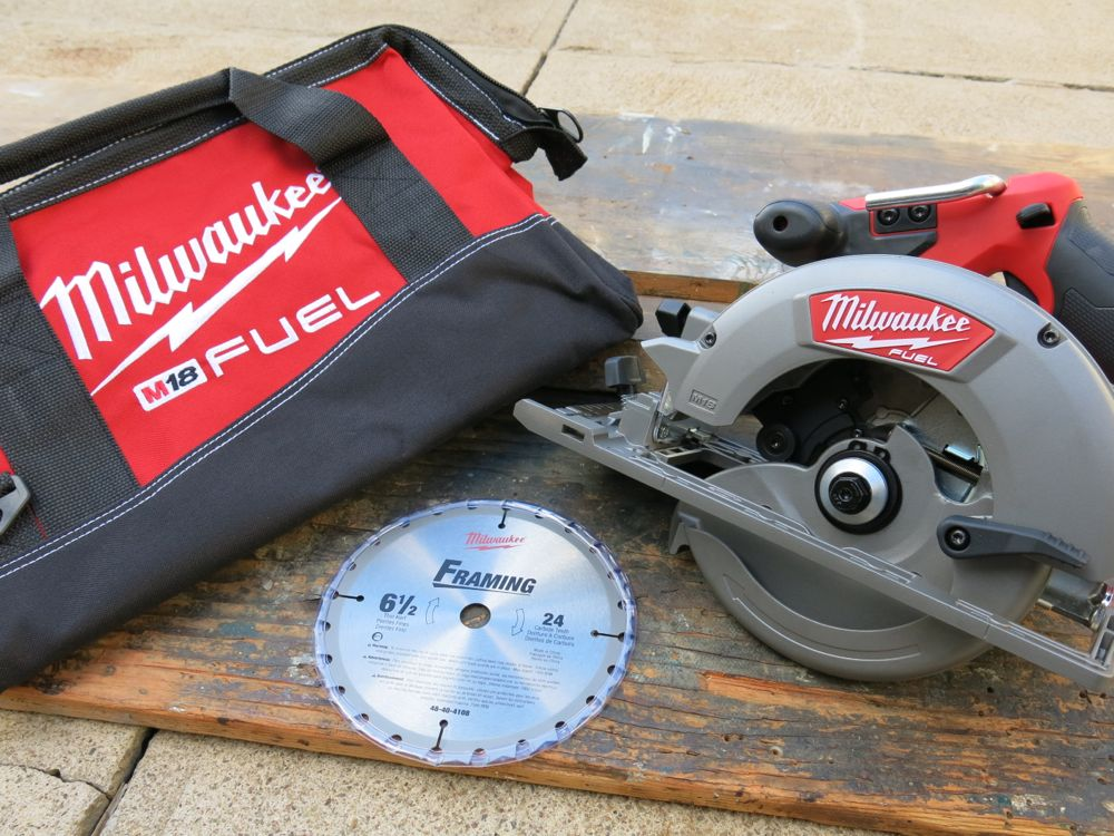 Milwaukee m18 fuel circular saw review the oddjob of circ saws available as tool only or full kit charger and battery not shown here greentooth Image collections