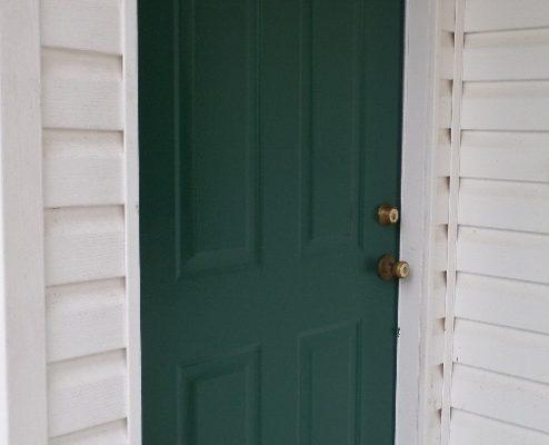 exterior steel door painting tips put down that paintbrush. Black Bedroom Furniture Sets. Home Design Ideas