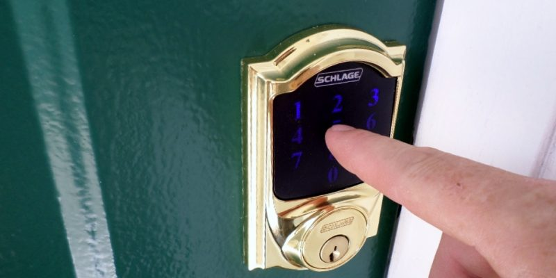 Keeping it Keyless – Schlage Touchscreen Deadbolt Review