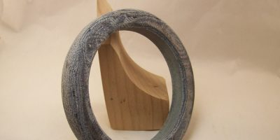 Upcycle Blue Jeans – How to Turn a Denim Micarta Bracelet with Woodworking Tools