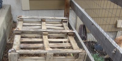 Compost Happens! Reclaim Pallets With This Easy to Build DIY Compost Bin