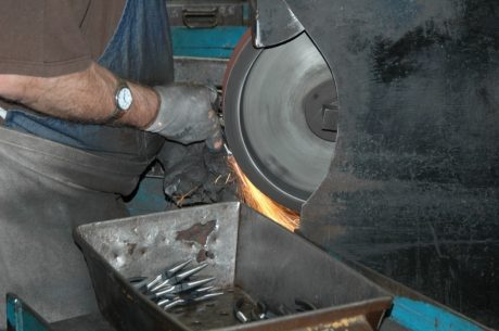 channellock-grinding-2