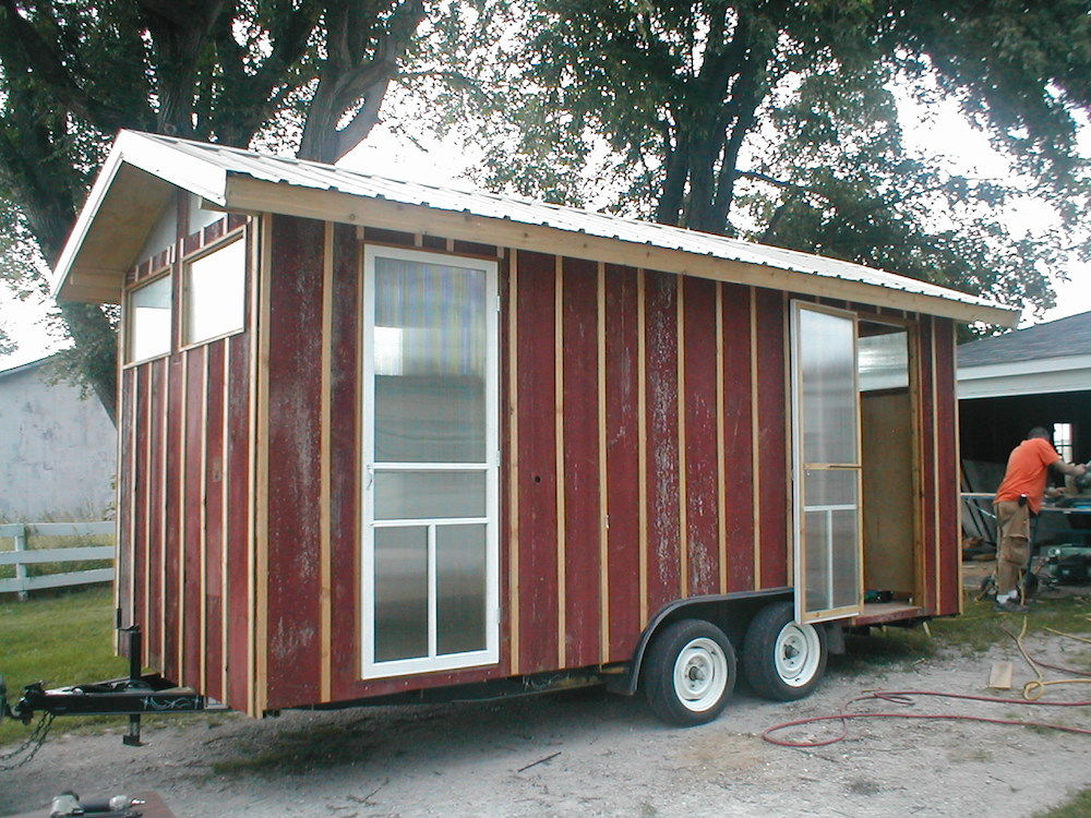 House on a trailer diy