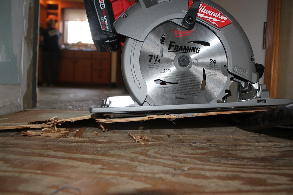 Milwaukee fuel 7 14 circular saw full size blade meet brushless milwaukee fuel 7 14 greentooth Images