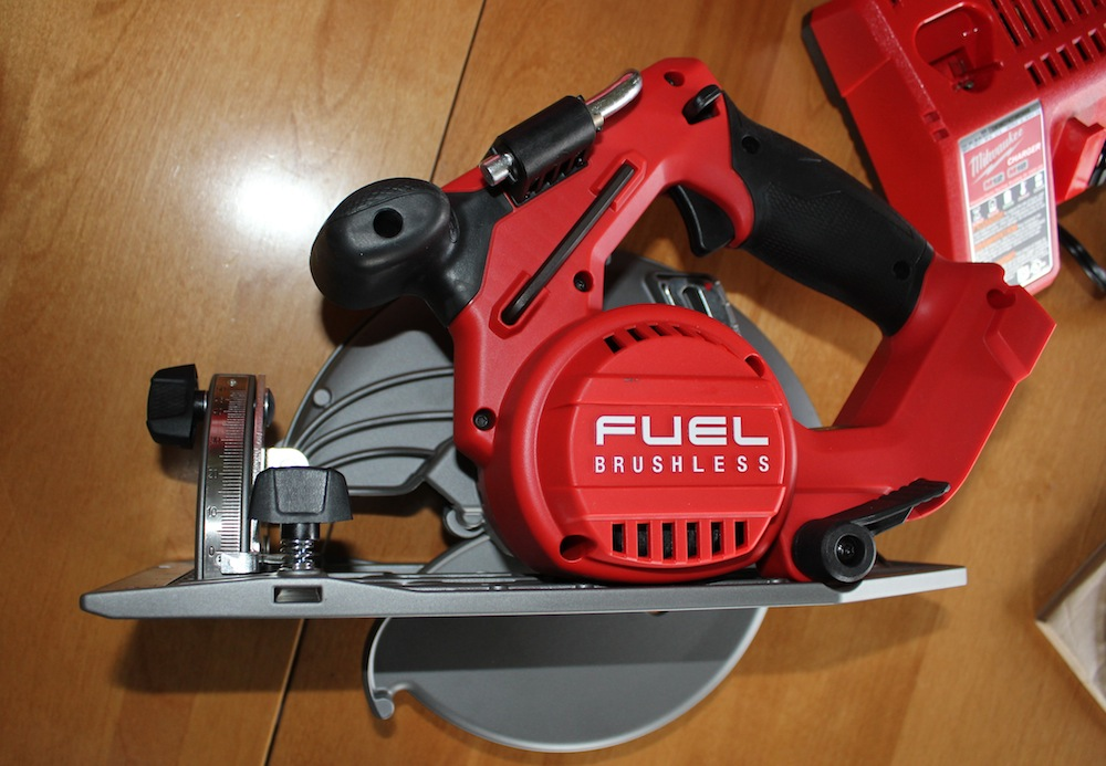 Milwaukee fuel 7 14 circular saw full size blade meet brushless milwaukee fuel 7 14 greentooth Image collections