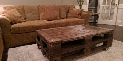 Upcycled DIY Pallet Coffee Table – Bring On The Cocktails!