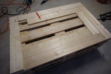 Pallet table design