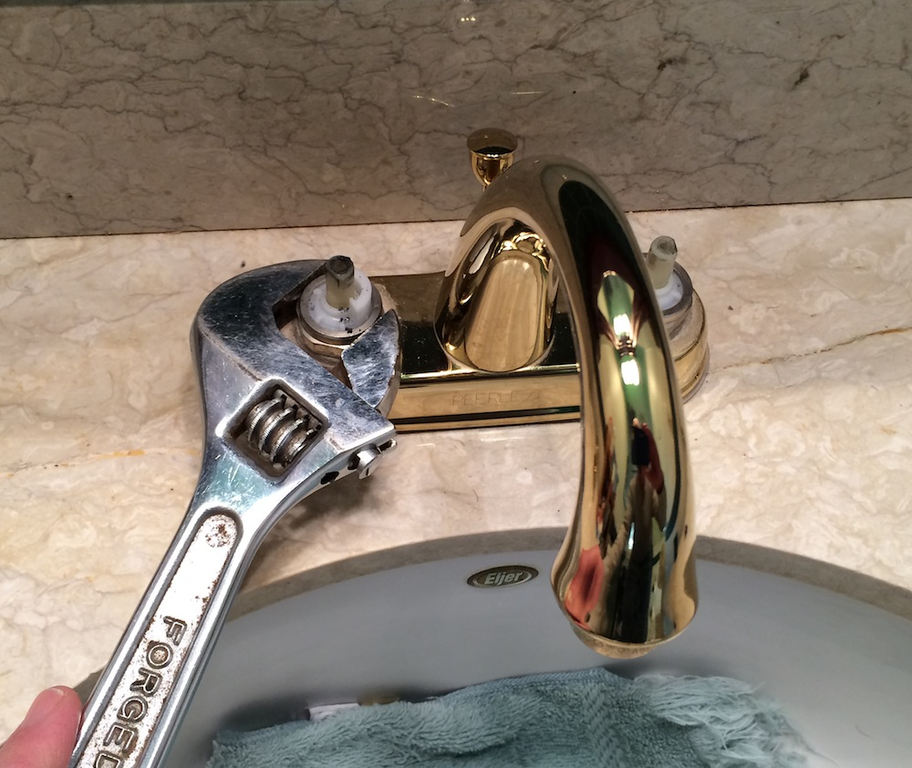 Fix Leaking Bathroom Faucet - Leaking bathroom faucet