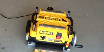 DEWALT DW735X Portable Planer Review – Bad News For Snipe Hunters