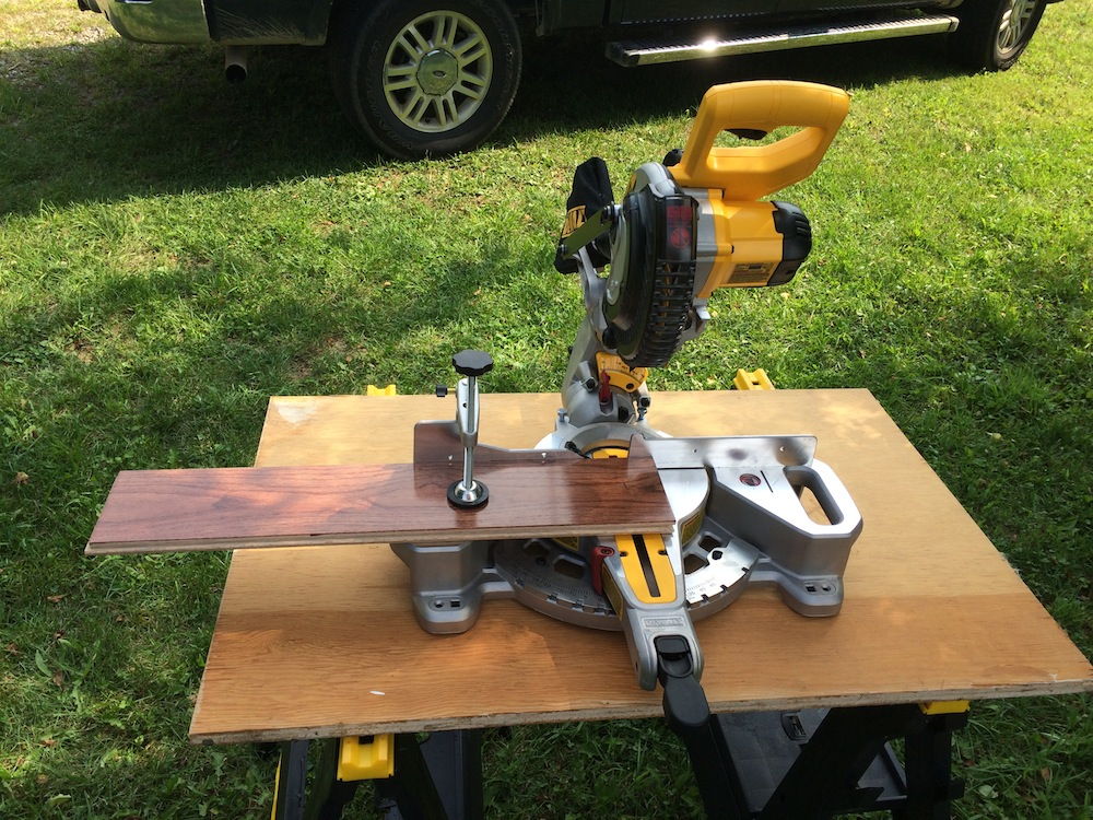 Dewalt 20v Max Miter Saw Review Sliding Into A New Niche