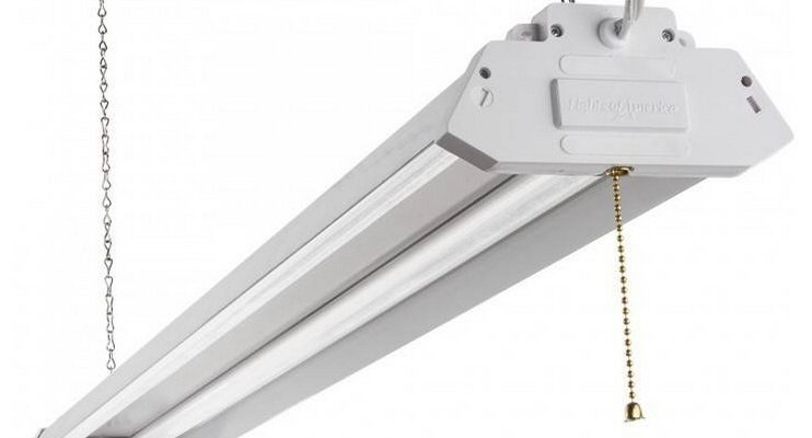 4ft LED Shop Light From Rockler Reviewed