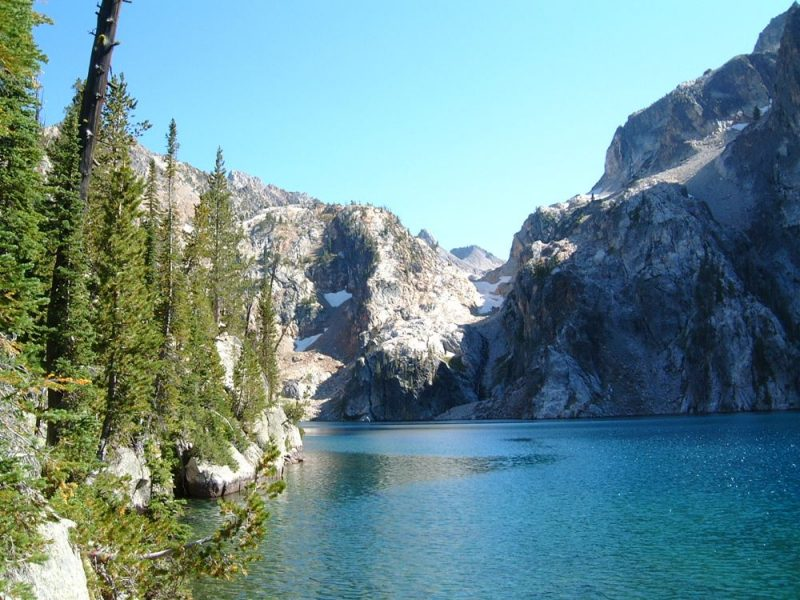 One of our favorite lakes to hike to