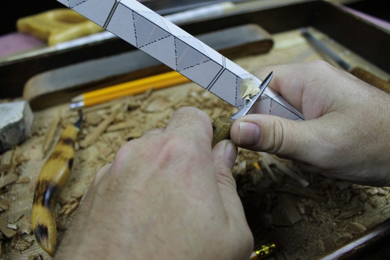 Notching with a knife
