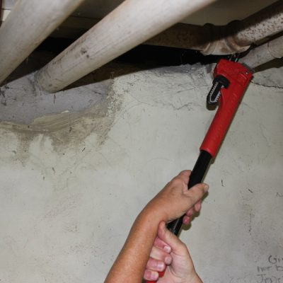 Milwaukee Cheater Pipe Wrench – A Cheater You Can Trust