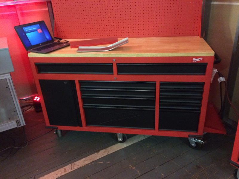 milwaukee mobile work station