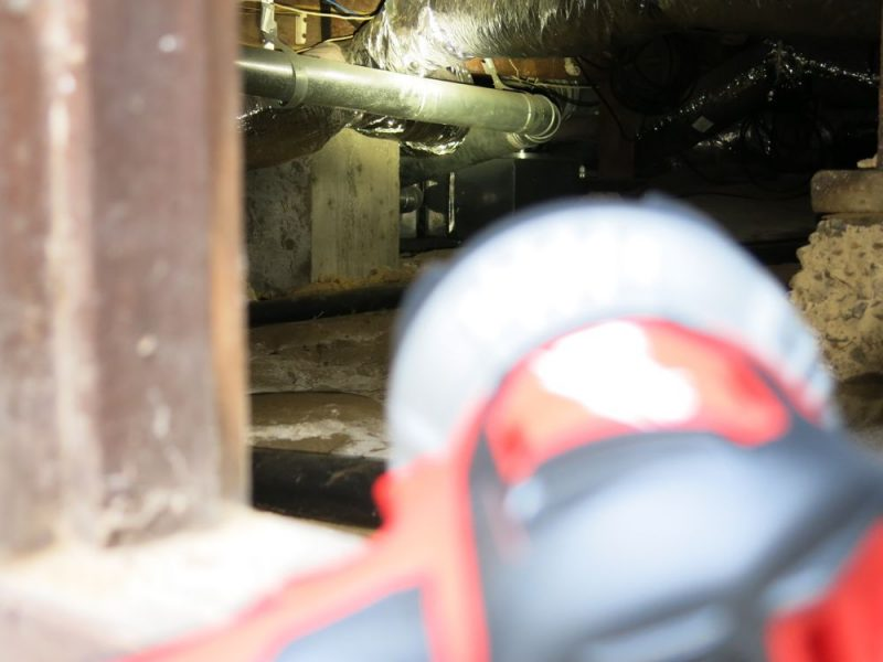 Distant nooks and crannies in a crawl space are revealed, allowing you to inspect some things from a distance