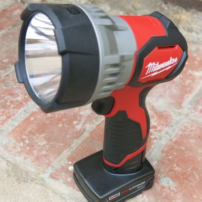 Milwaukee M12 LED Spotlight – Like a Handheld Car High Beam