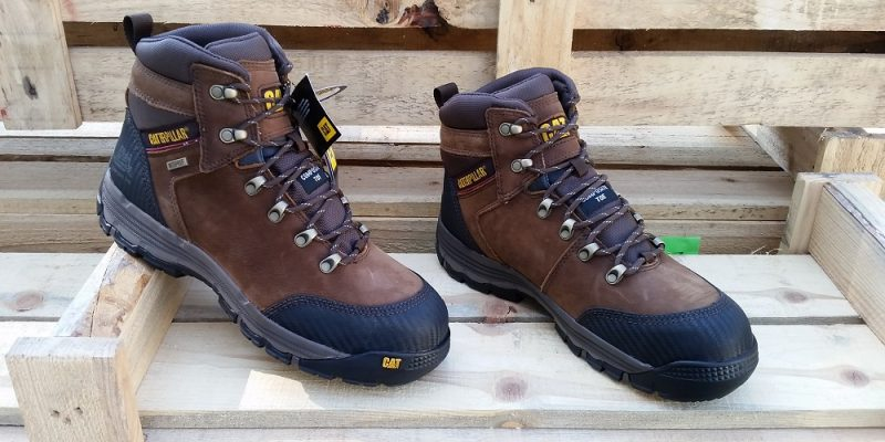 ff9c014e643 Caterpillar Safety Boots – Let The Cat Guard Your Dogs - Home Fixated
