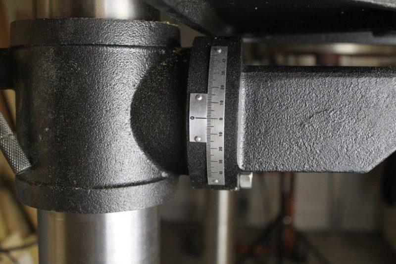 Tilt gauge