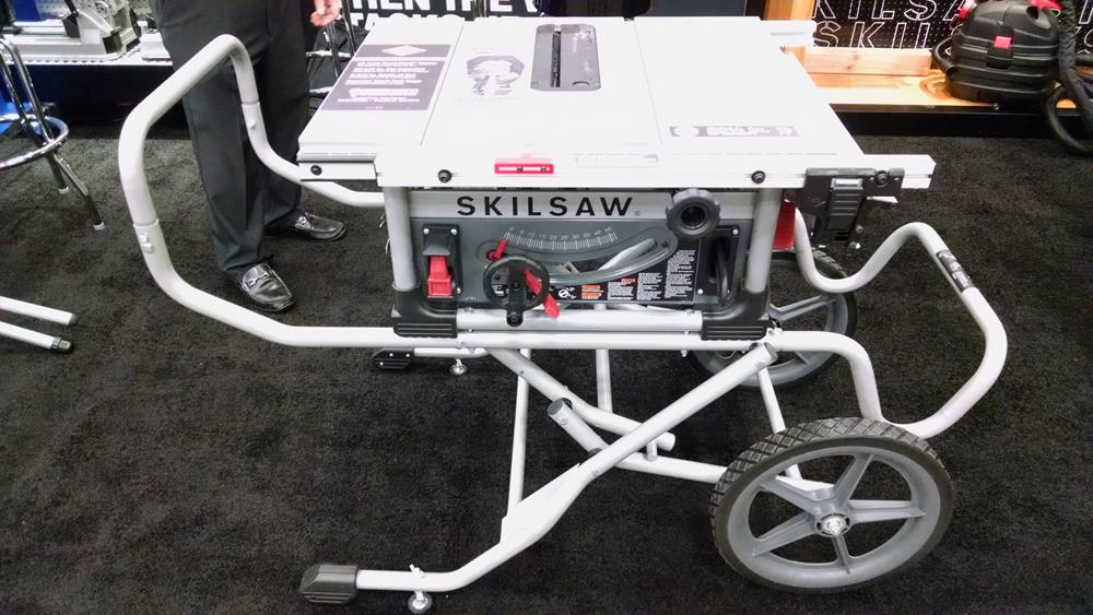 portable table saw on rolling stand