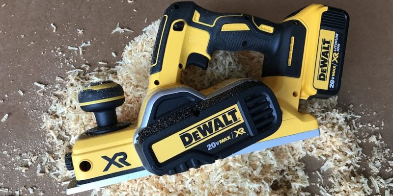 DeWalt DCP580 Cordless Planer Review – Another Cord Trimmed
