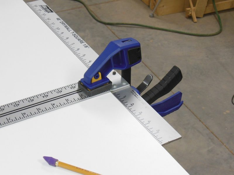 Clamping a straight edge