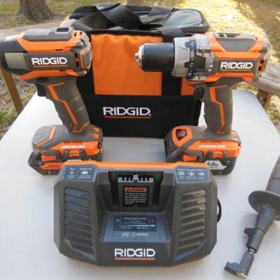 Ridgid R9205 18V Hammer Drill/Impact Driver Combo Kit
