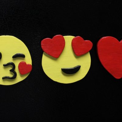 Easy-To-Make Emoji Magnets – Sticky Fun For The Textually Active