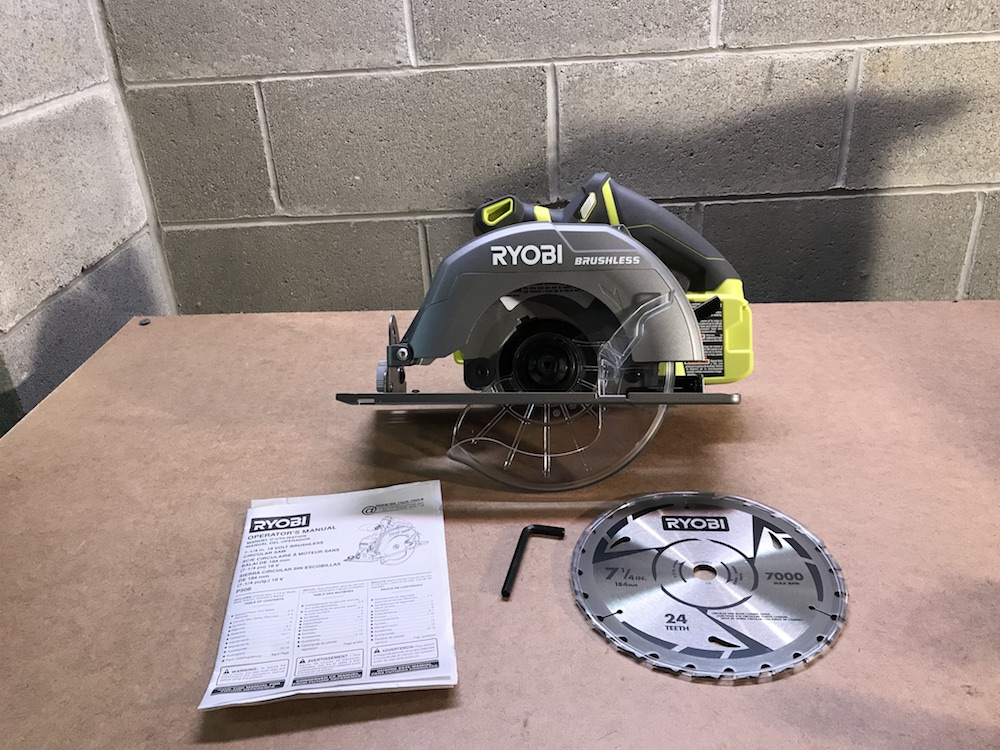 Ryobi p508 18v brushless circular saw review a full size blade at the ryobi p508 complete with its full sized blade keyboard keysfo Gallery