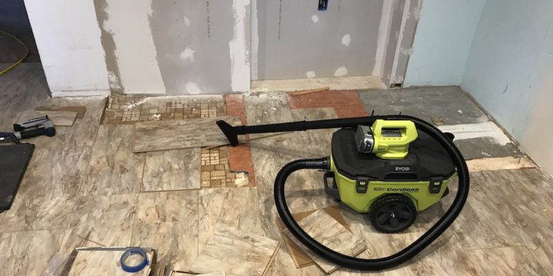 Ryobi P770 Cordless Wet/Dry Vac Review - A Handy Little Sucker
