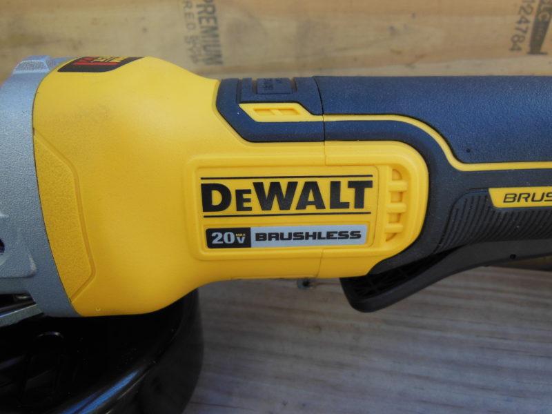 DeWALT DCG413