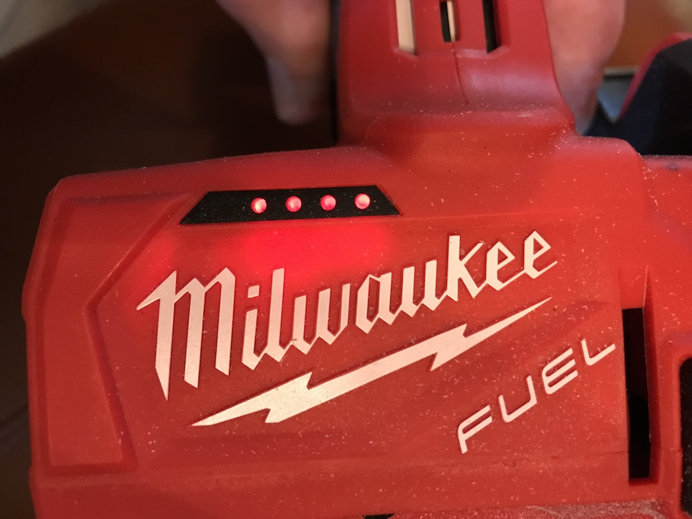 Milwaukee M12 Cut Off Tool