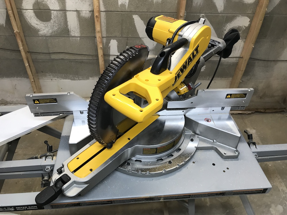 DeWalt DWS779 Dual Bevel Slider Review – So Sharp, It Cut Its Own Price! -  Home Fixated