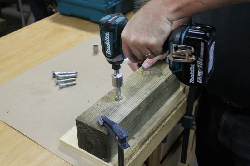 Makita XDT14 impact driver at work