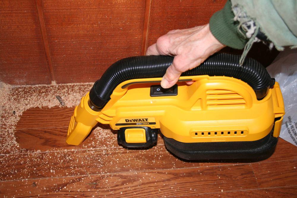 Dewalt Dcv517b 20v Max 1 2 Gal Wet Dry Portable Vac Review A Mighty Mini Handheld Vac Home Fixated