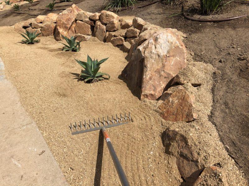 fiskars garden rake