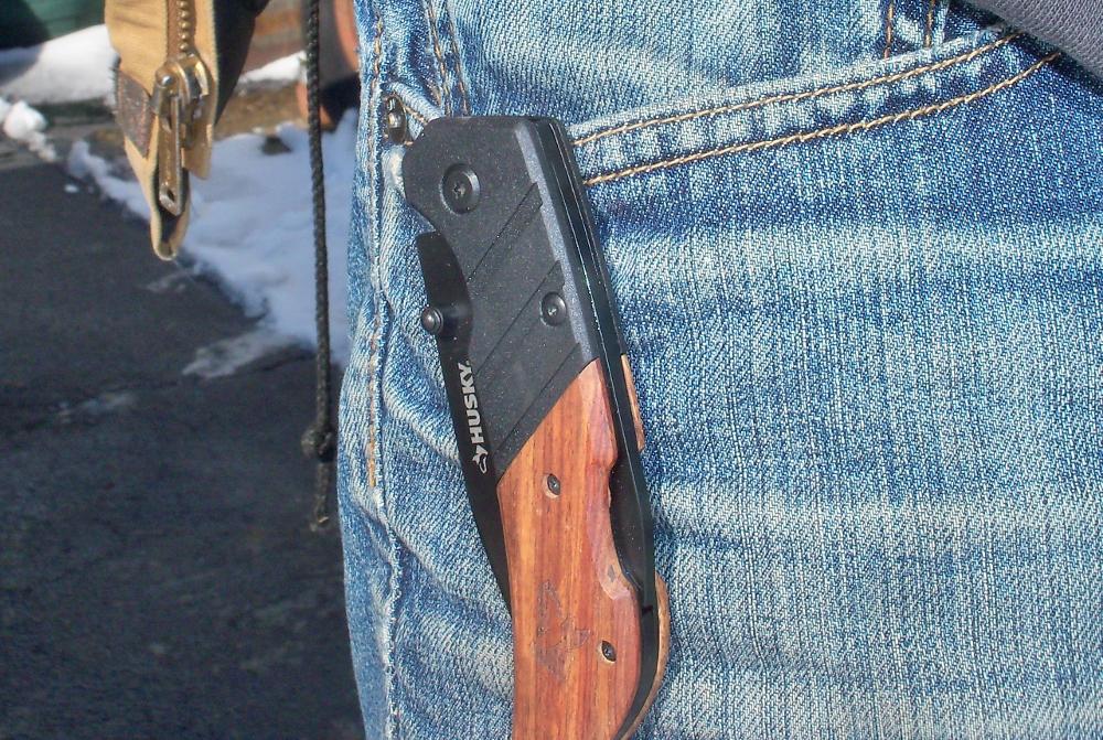 Husky knife