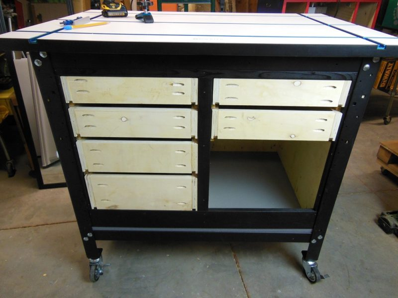 Shop storage drawer cabinet.