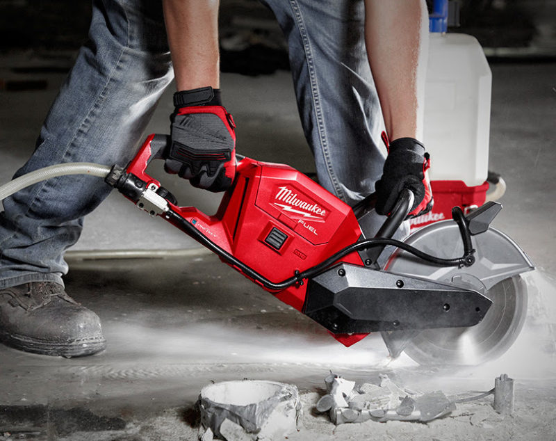 milwaukee m18 cordless cut off saw