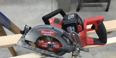"Milwaukee 2830 M18 7-1/4"" Rear Handle Saw Review – Lots Of Power, Nary A Worm"