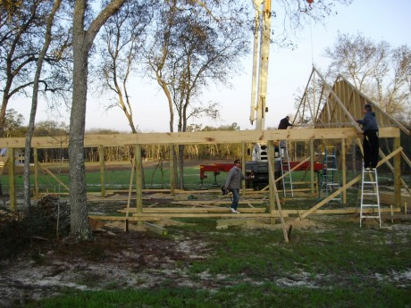Setting the first truss